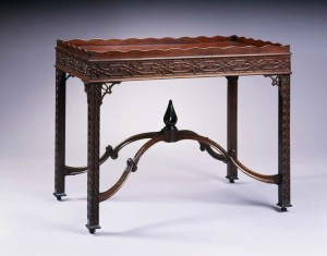 Portsmouth China table 1770 attributed to Robert Harrold